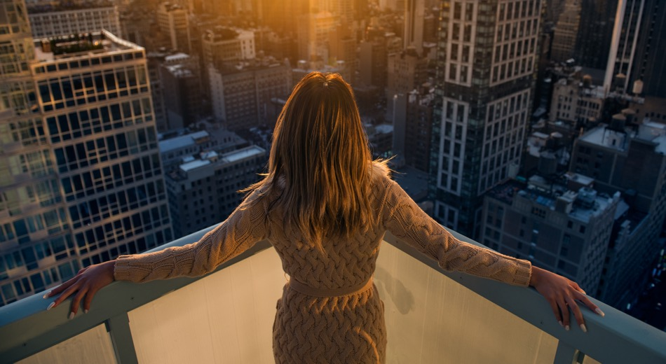 Citigold Client at the rooftop enjoying sunset